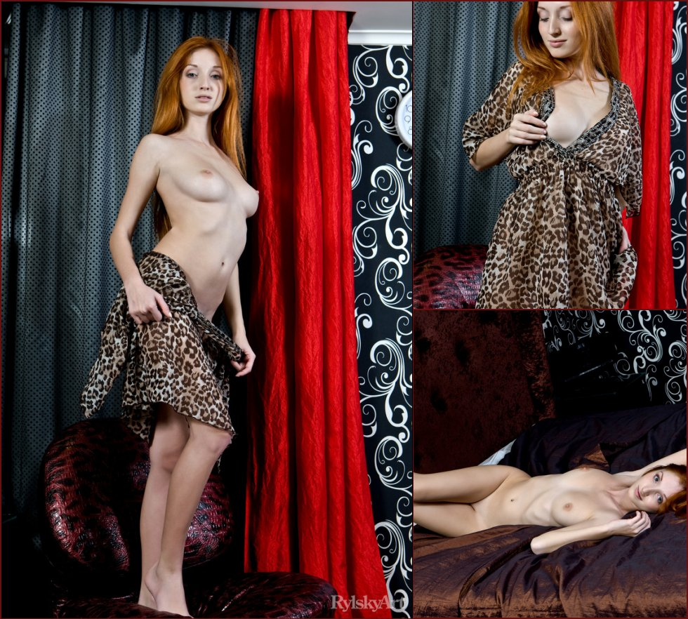 Erotic gallery with gorgeous redhead - Michelle - 36