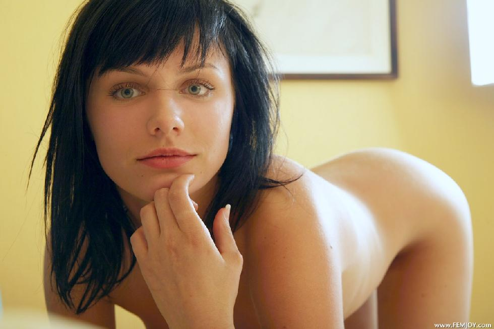 Naked brunette shows her body on the bed - Cathy - 5