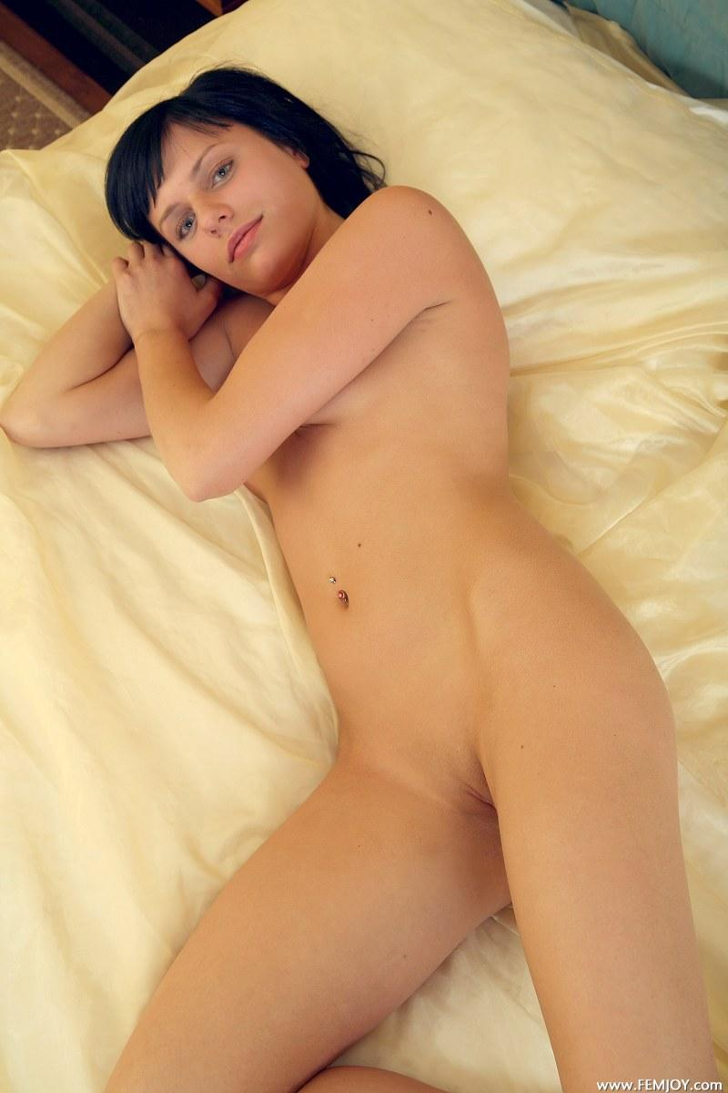 Naked brunette shows her body on the bed - Cathy - 9