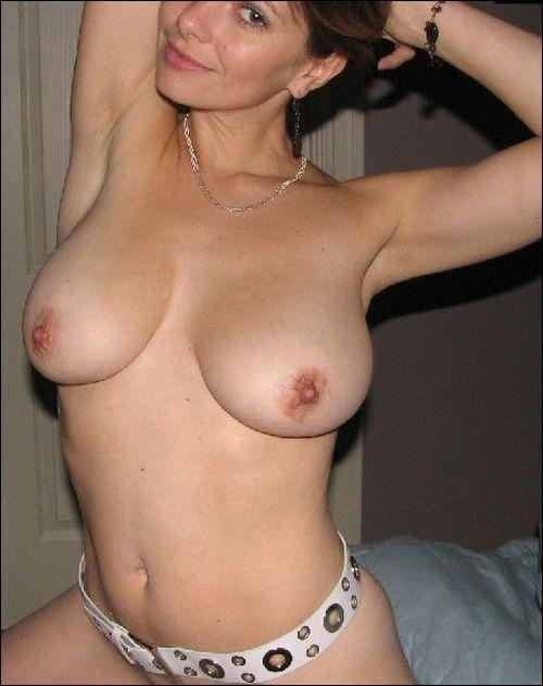 Pretty wife with hot natural body - 4