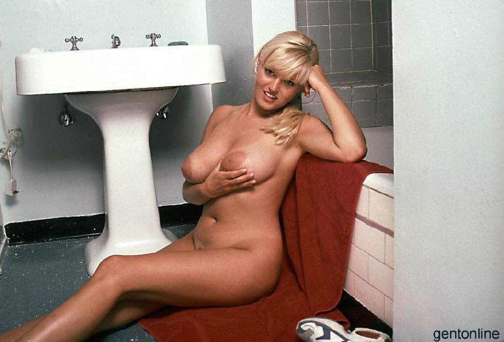 Bathroom fun with busty blonde mom - Sandra - 10