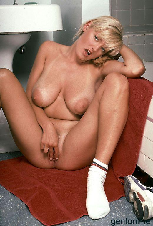 Bathroom fun with busty blonde mom - Sandra - 8
