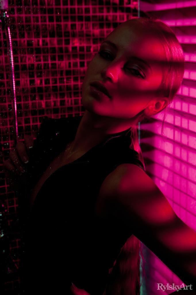 Shower with seductive Alysha - 1