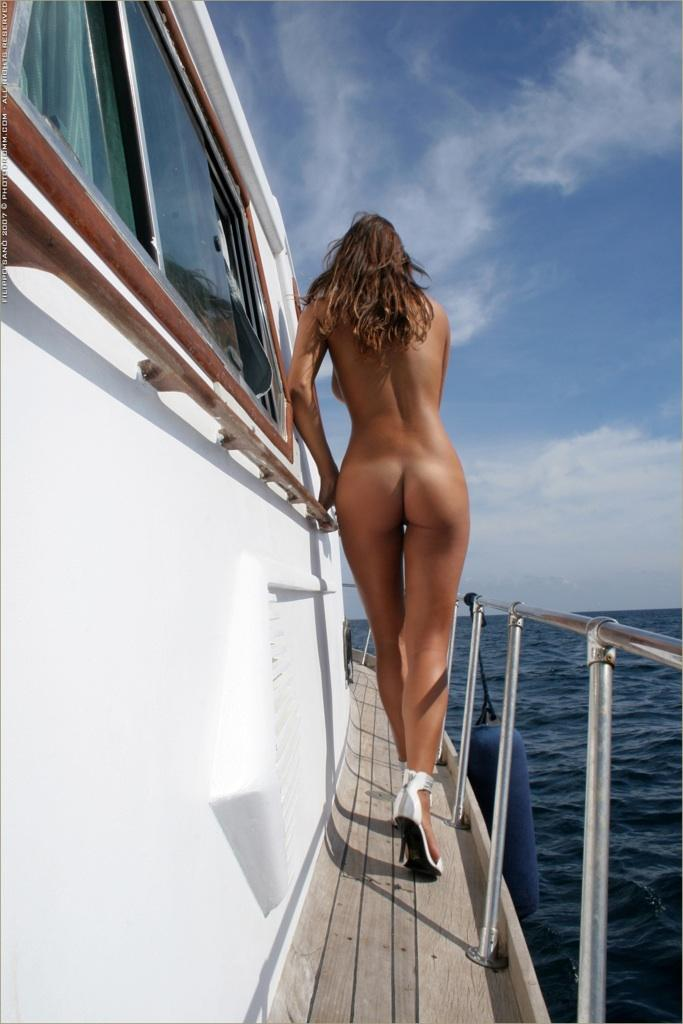 Anonymous chicks and sexy asses. Part 4 - 4