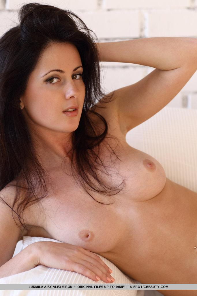 Magnificent brunette named Ludmila shows meaty pussy - 10