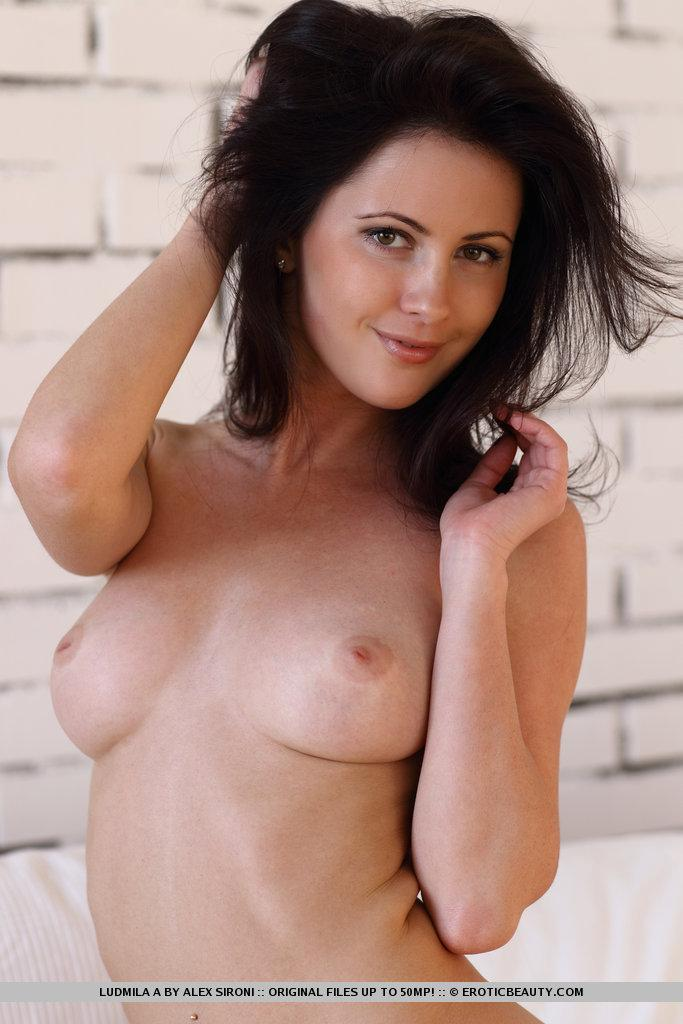 Magnificent brunette named Ludmila shows meaty pussy - 6