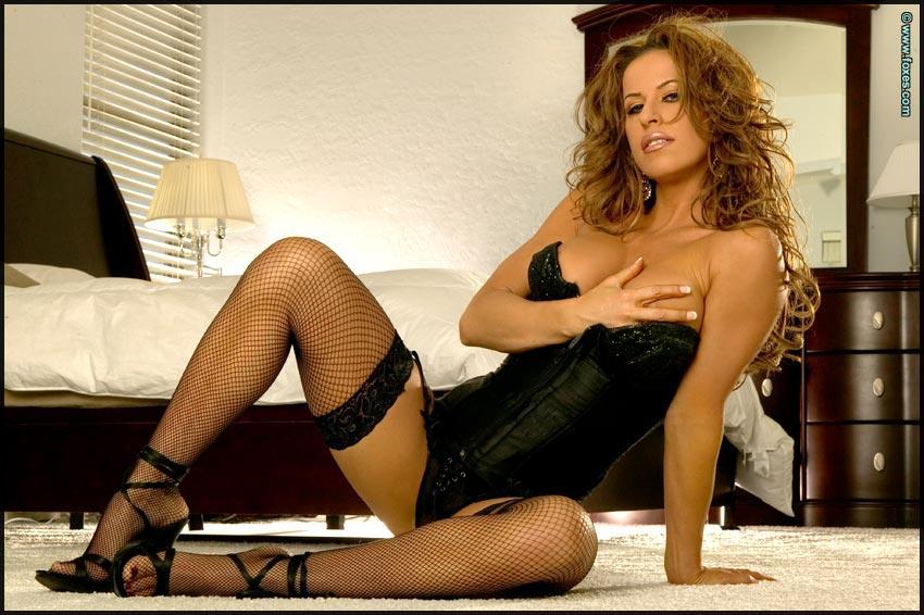 Seductive Tesha Diva in black sexy stockings - 6