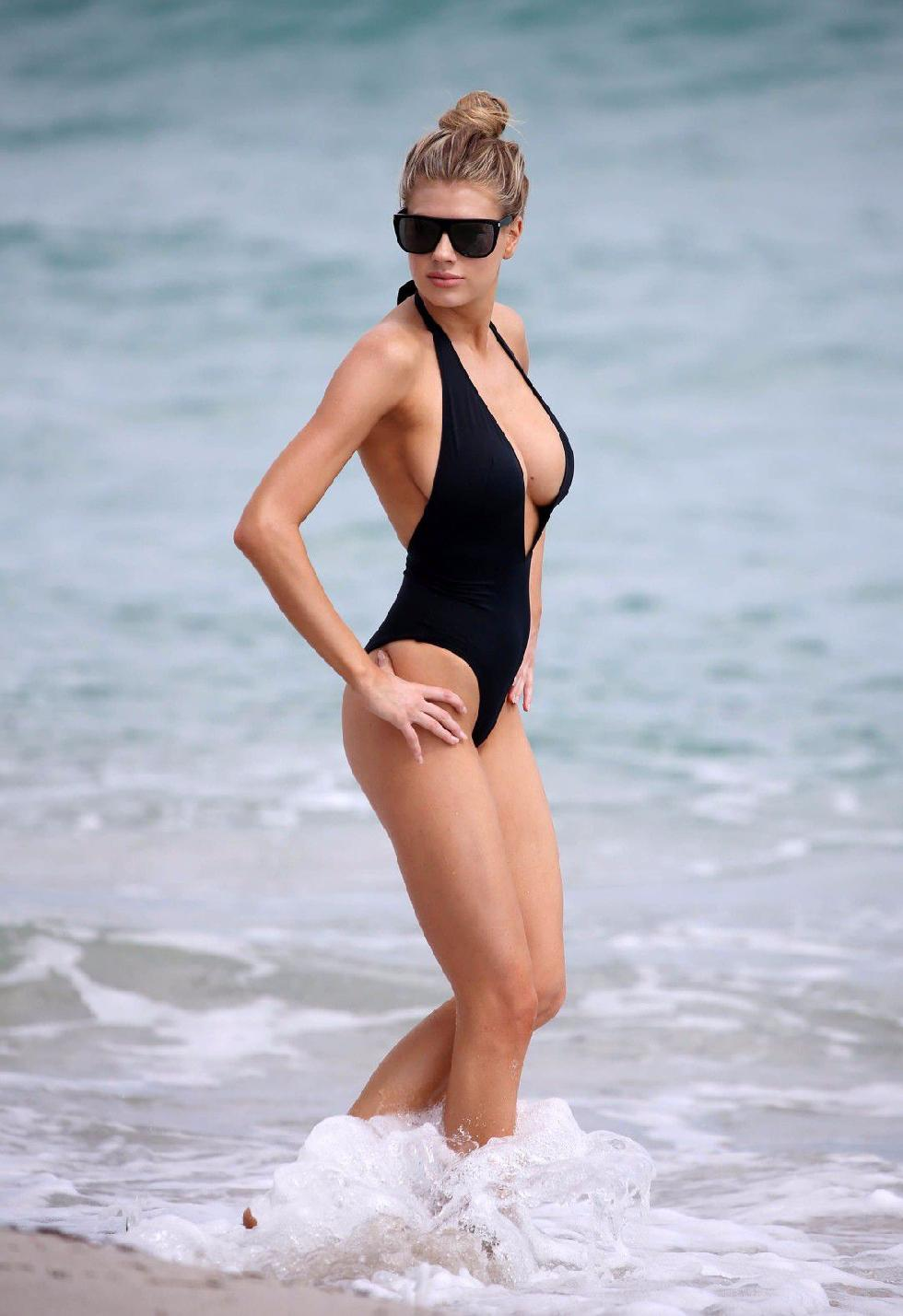 Charlotte McKinney is showing a nipple - 3