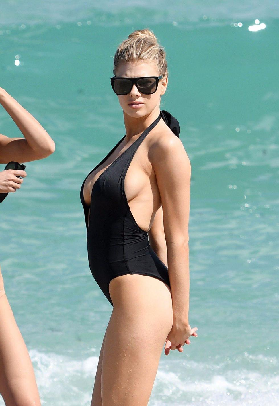 Charlotte McKinney is showing a nipple - 5