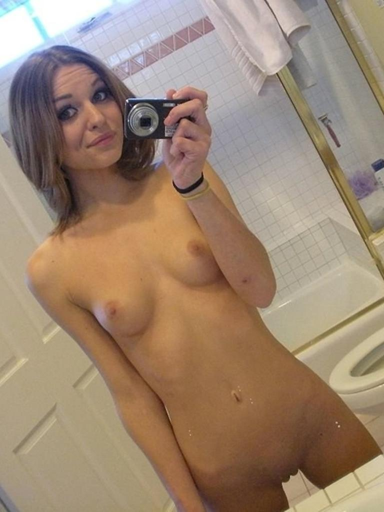 Magnificent amateur in the bathroom - 18