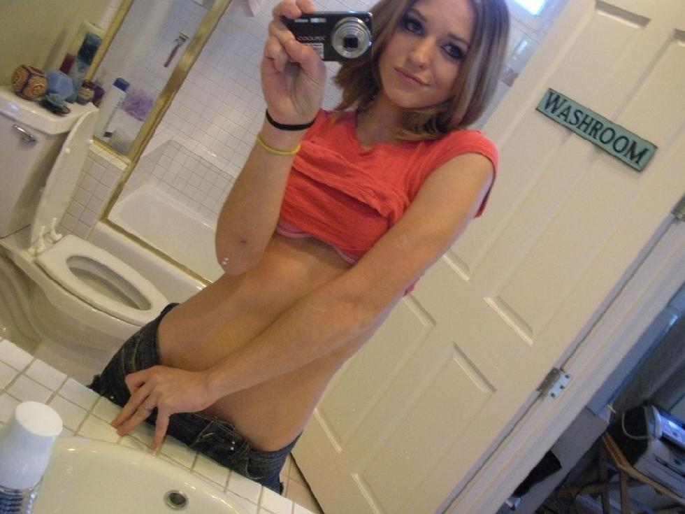 Magnificent amateur in the bathroom - 6