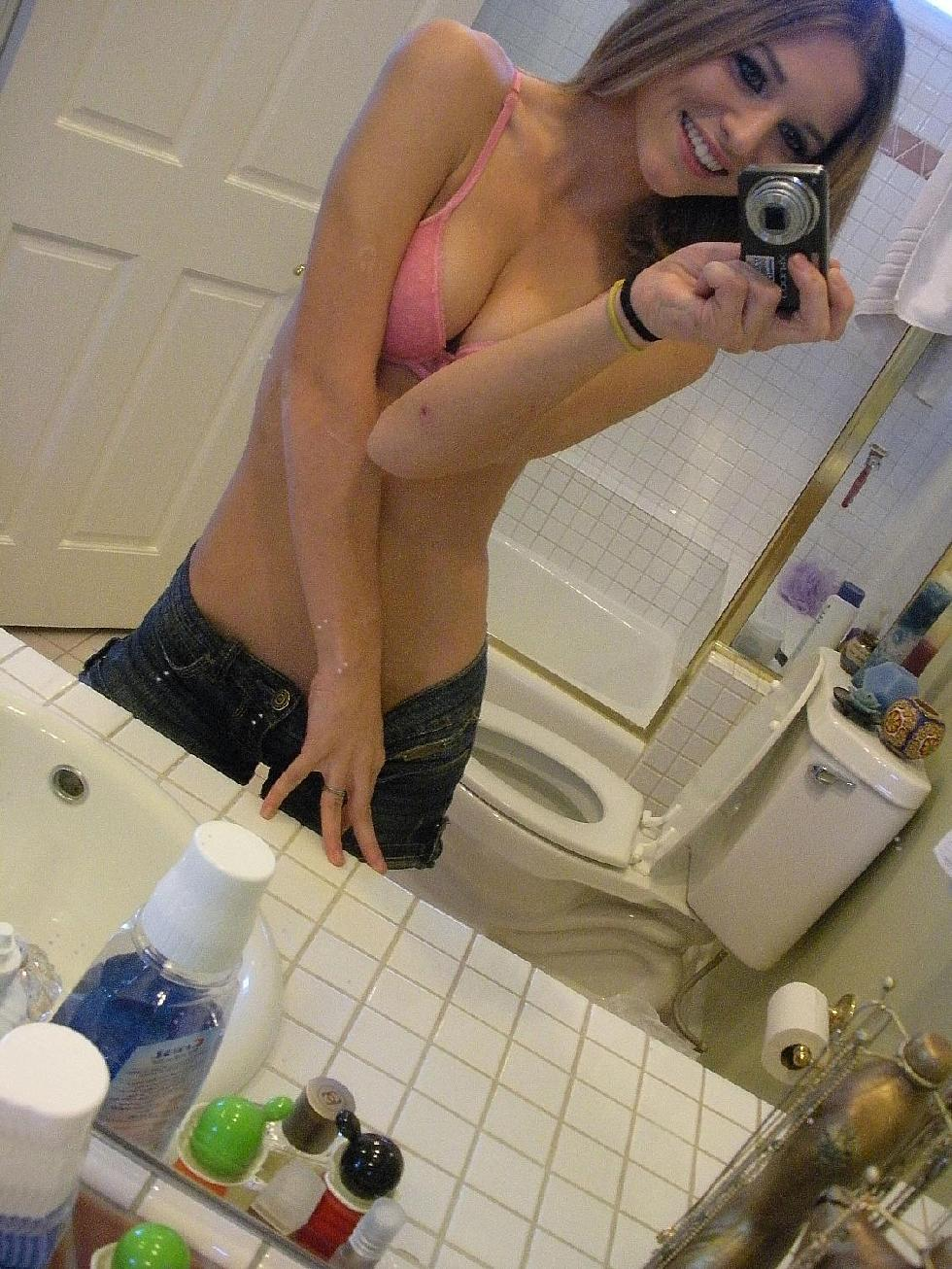 Magnificent amateur in the bathroom - 9