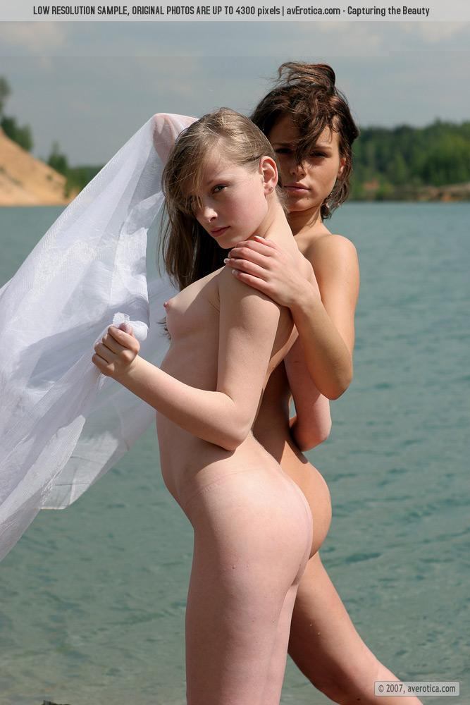 Tiny naked girls on the beach - Nusia & Anna - 9