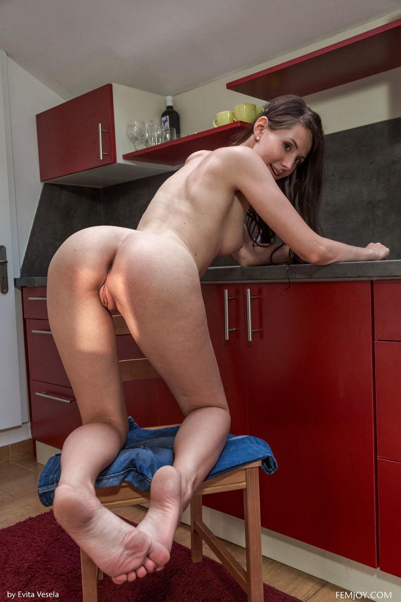 Young girl shows meaty pussy in the kitchen - Vanessa - 11