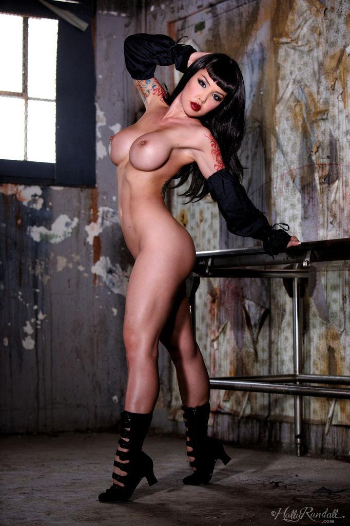 Tattooed brunette in black - Masuimi Max - 15