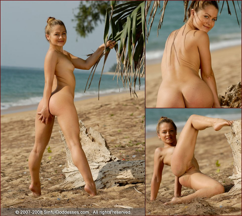 Wonderful naked girl on the beach - Jessica - 26