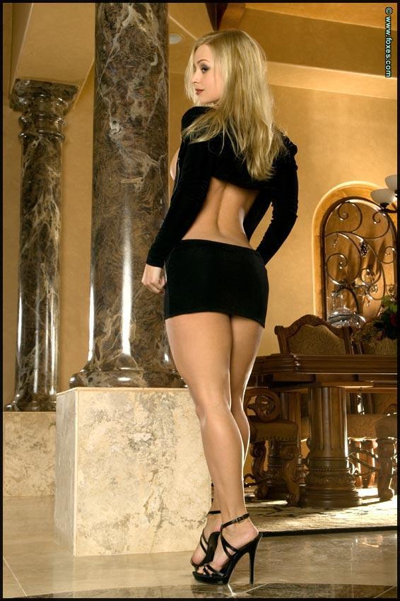 Busty Jenny Poussin in black - 8