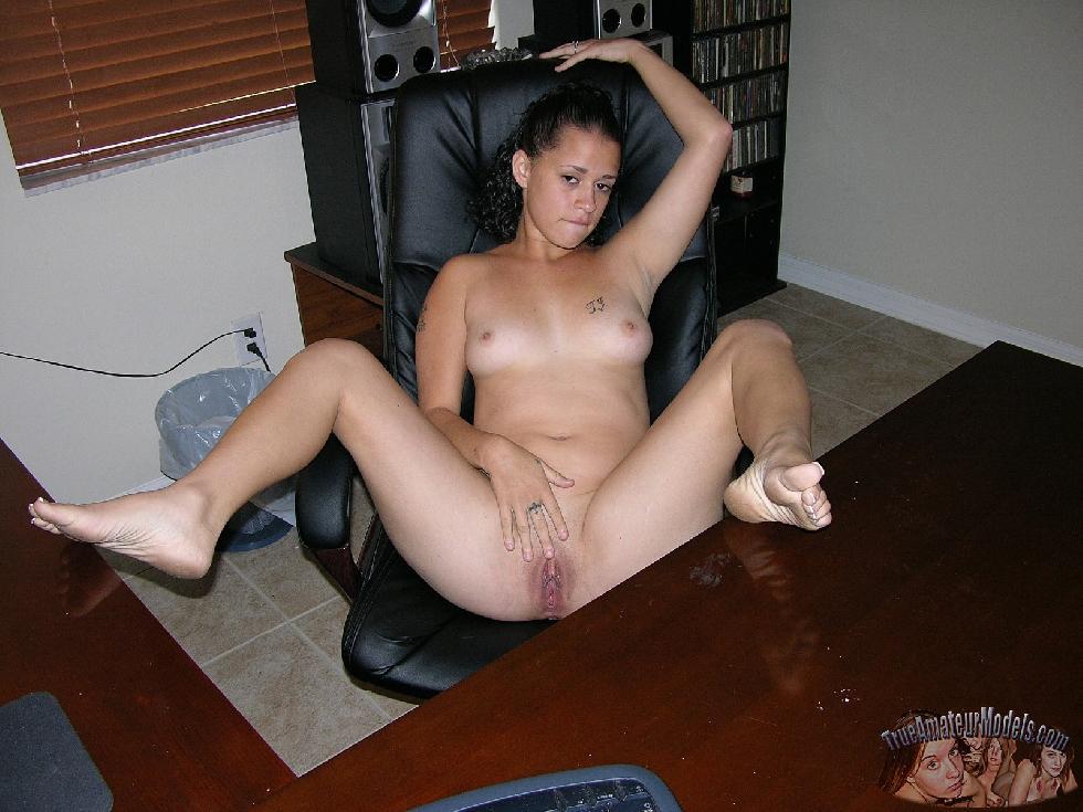 Jenna is doing striptease - 17