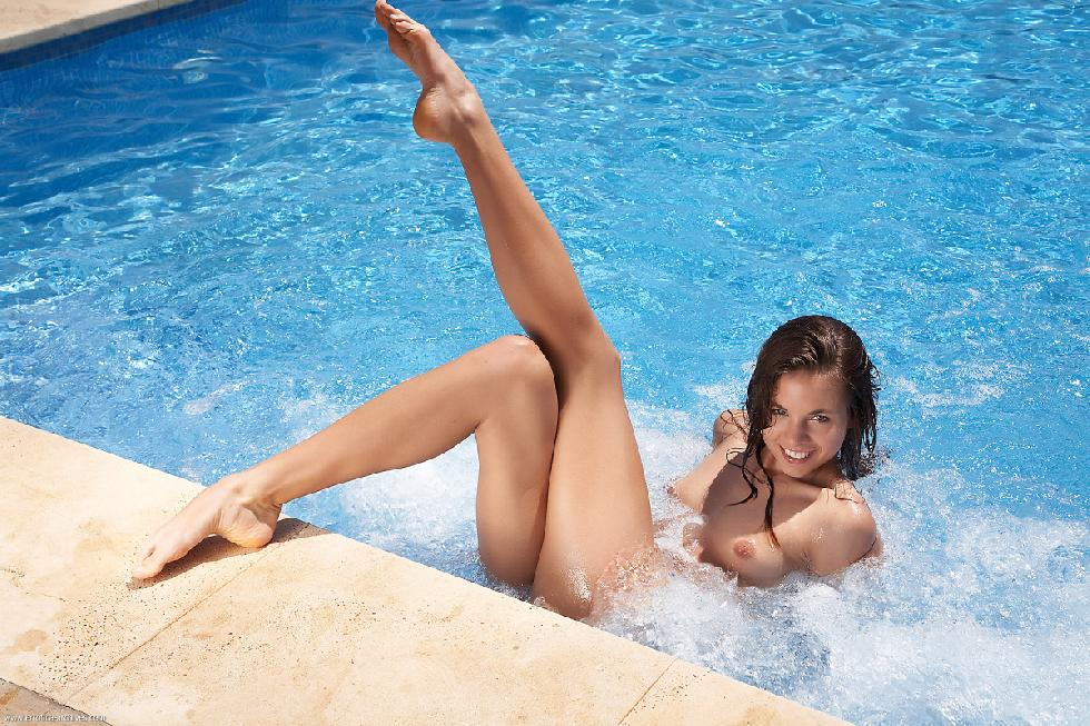 Hot naked girl at pool - Antea - 6