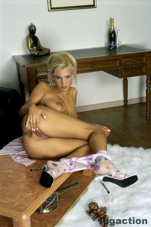Susie strips her cute pantyhose - 7
