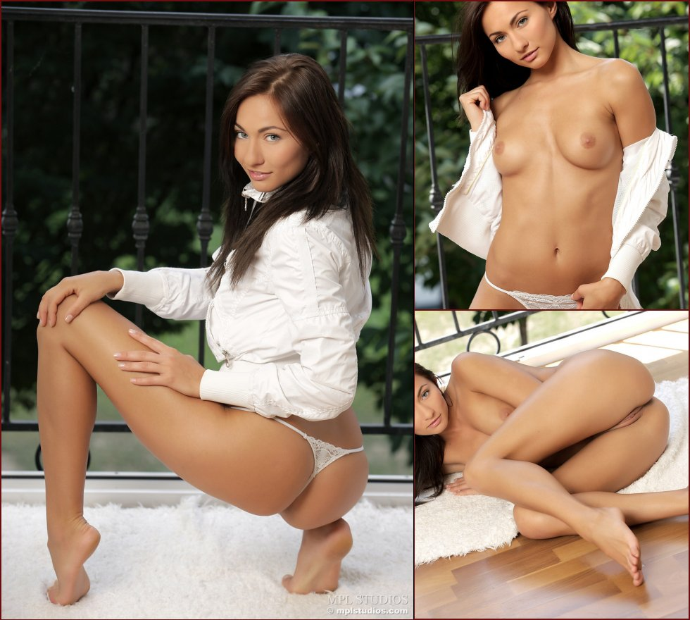 Beautiful brunette shows sweet pussy and pretty ass - Kalena - 120