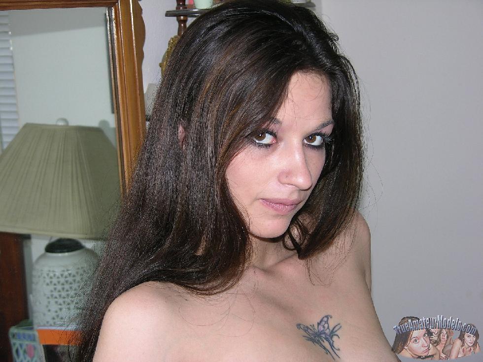 Enjoy brunette Lynn and her love holes - 6