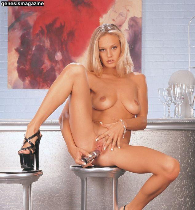 Tempting Andi and her silver friend - 11