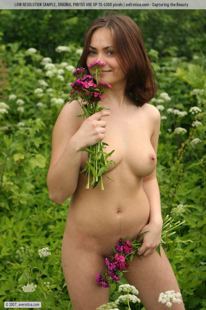 Cute and naked Julia is having fun at the meadow - 6