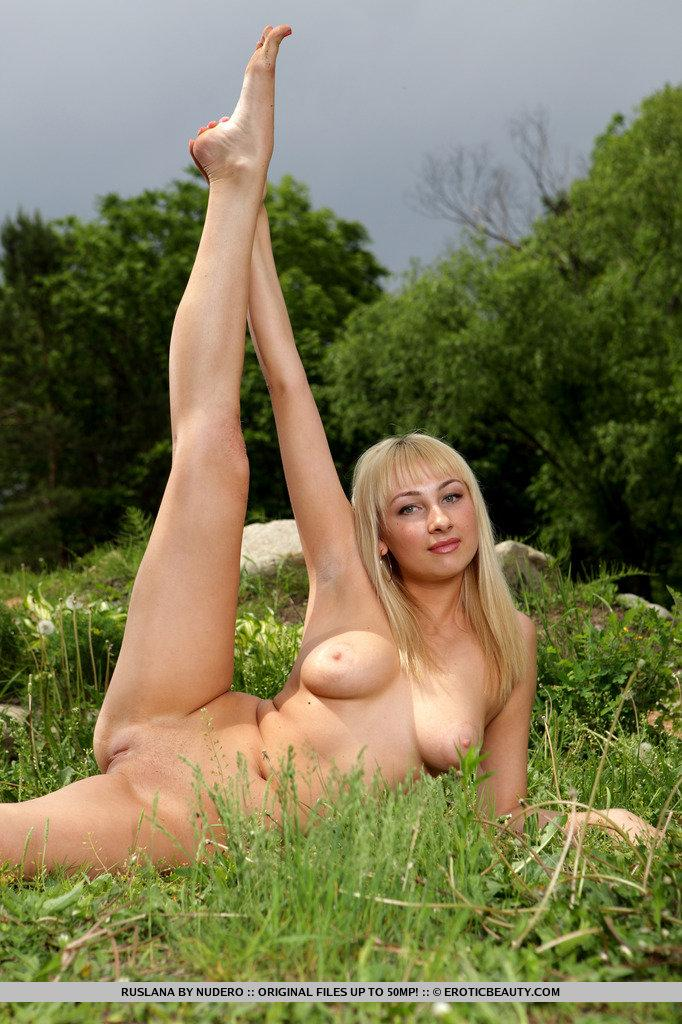 Naked Ruslana is posing in nature - 8