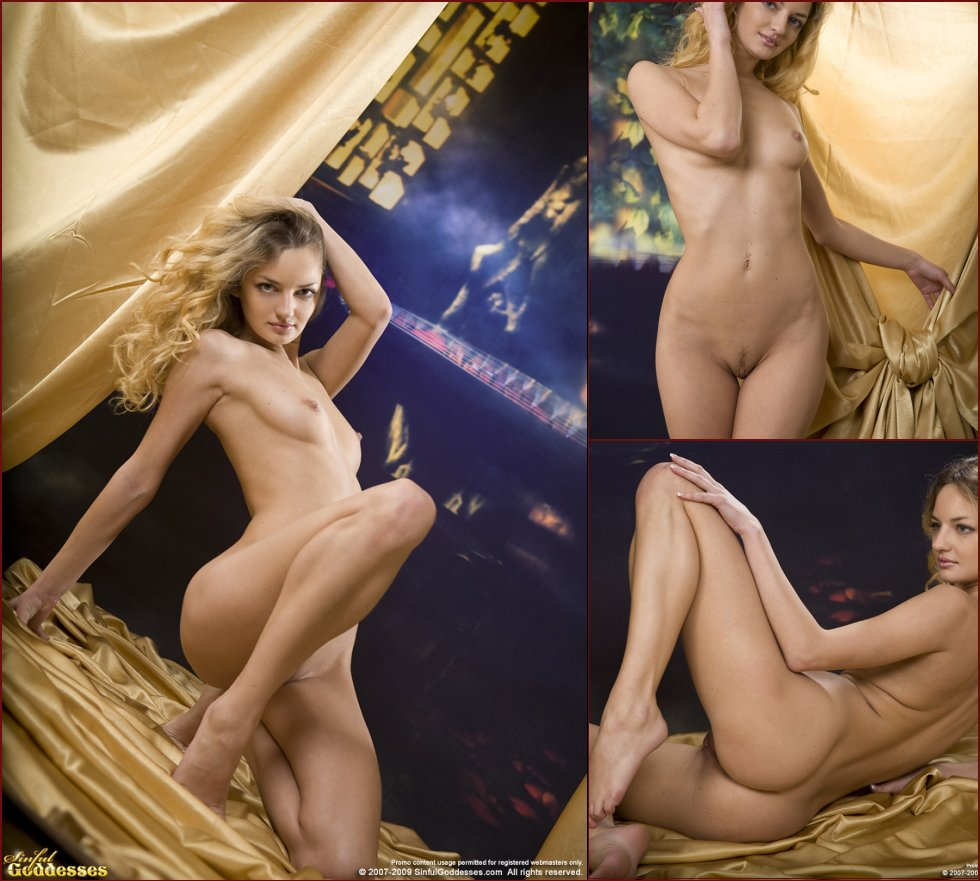 Sensual session with naked blonde named Ginger - 10