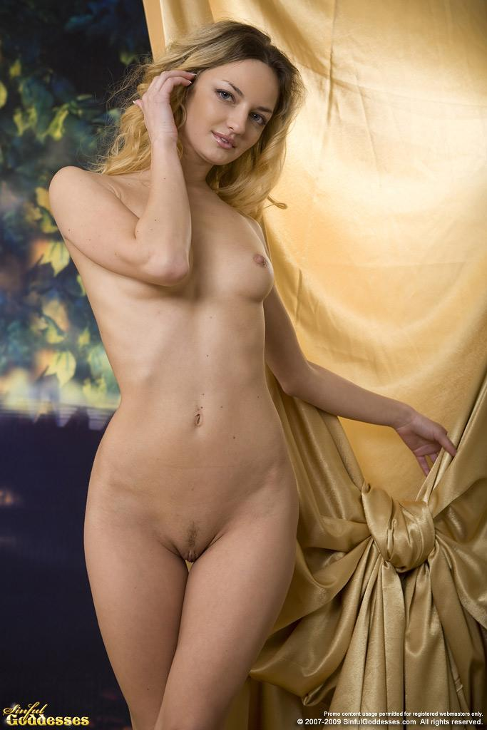 Sensual session with naked blonde named Ginger - 2