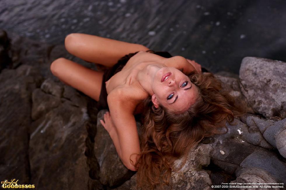 Sensual Kira loves the Ocean view. Part 1 - 5