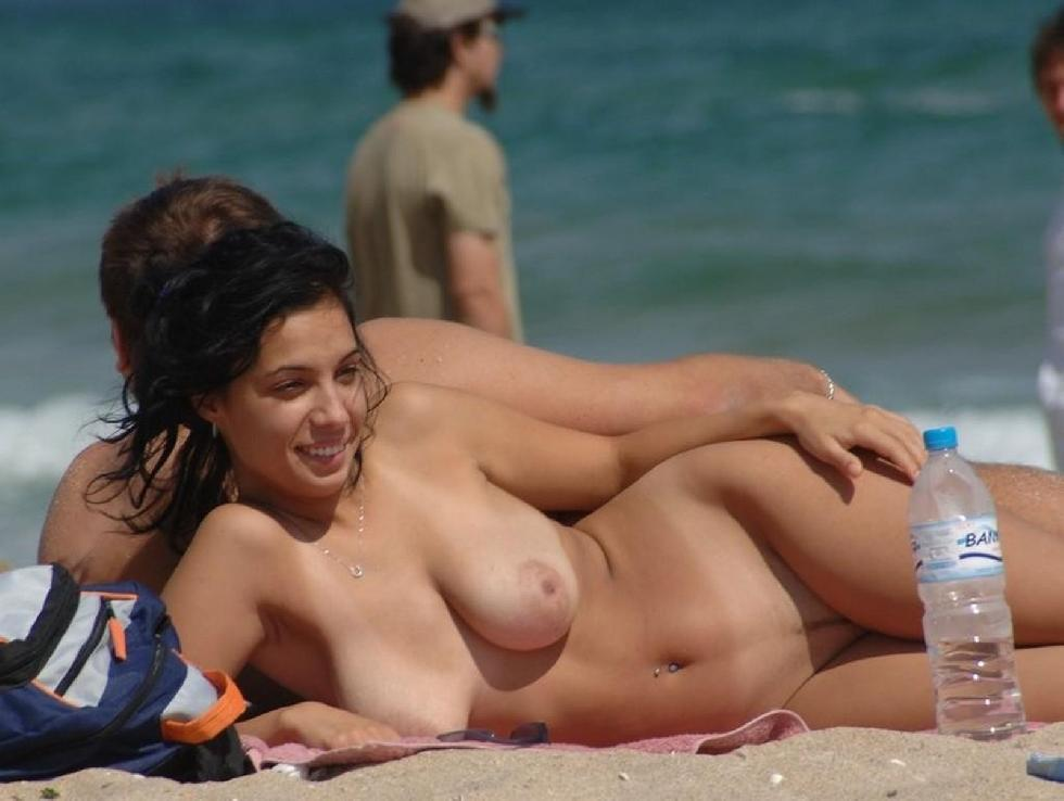 Topless and nude amateurs on the beach. Part 1 - 10