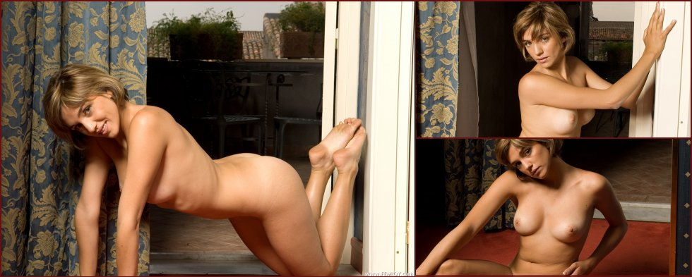 Young Vittoria is showing her tanned body - 27