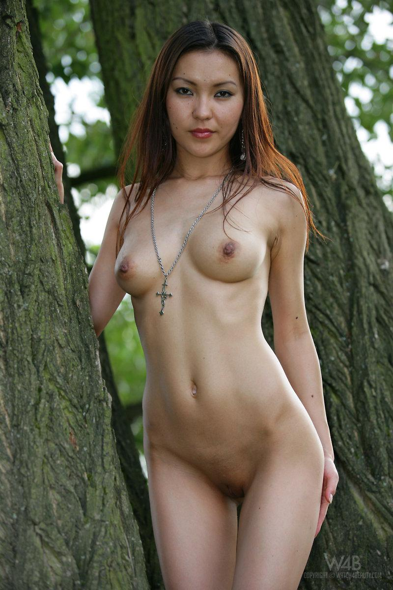Naked Asian is posing in nature - Agnes - 11