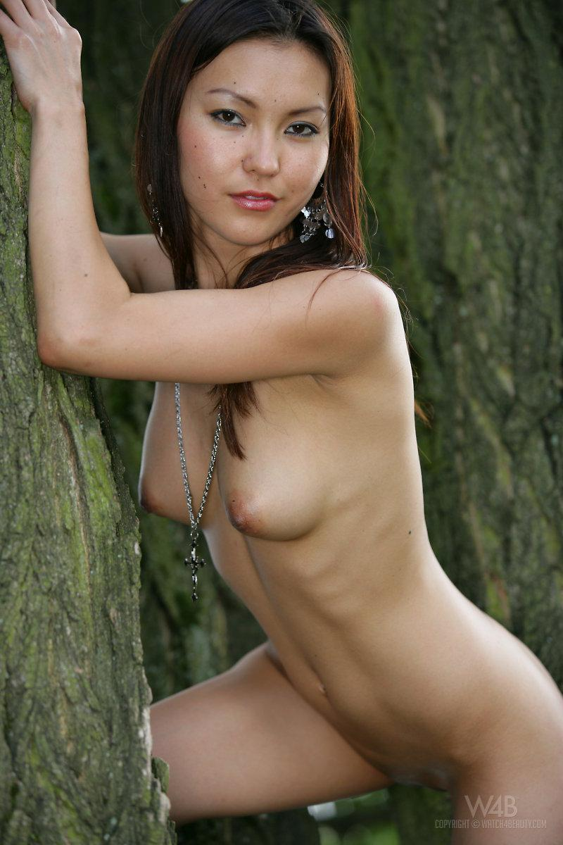 Naked Asian is posing in nature - Agnes - 9