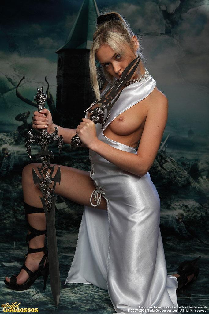 Charming and very sexy warrior princess - Nelly - 8