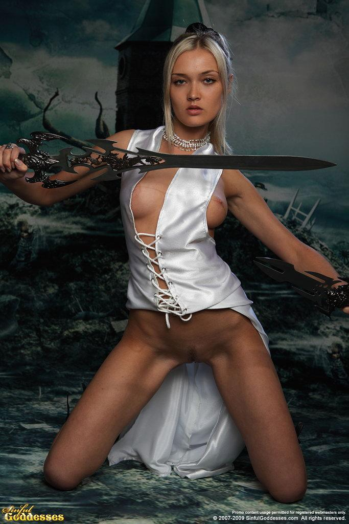 Charming and very sexy warrior princess - Nelly - 9