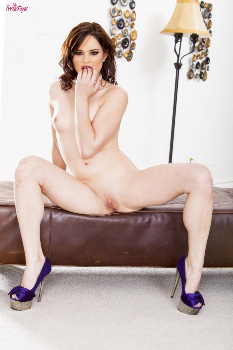 Horny redhead with beautiful pink pussy - Jenna Ross - 9