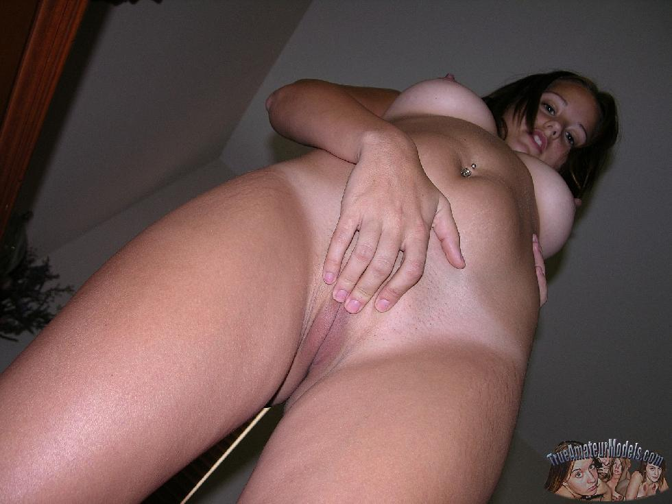 Beautiful amateur shows her young body at home - Staci - 13