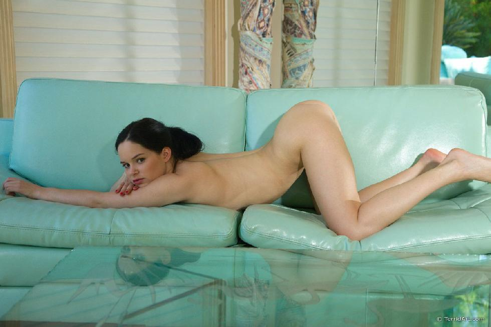 Young Jenna is showing her ass on the sofa - 11
