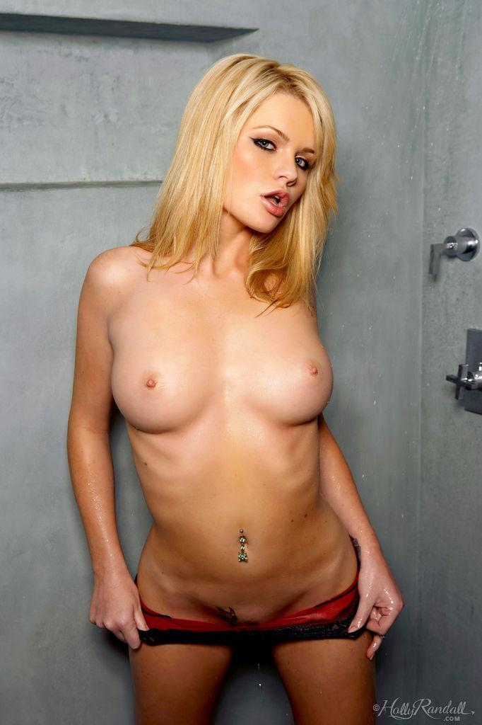 Alexis Ford is taking sensual shower - 4