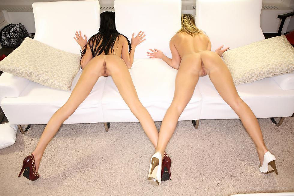 Two leggy chicks on the couch - Monicca & Frida - 5