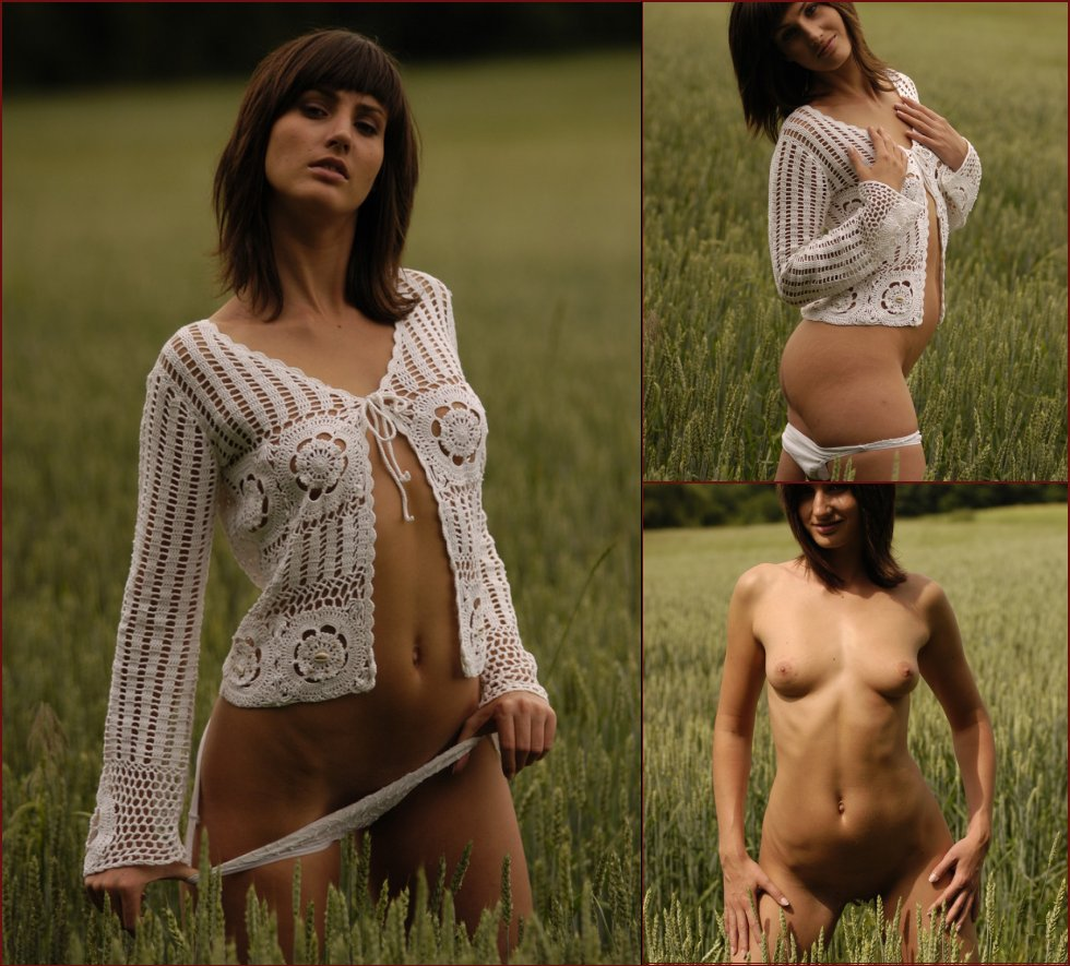 Sensual photoshoot on the meadow - Rita - 72