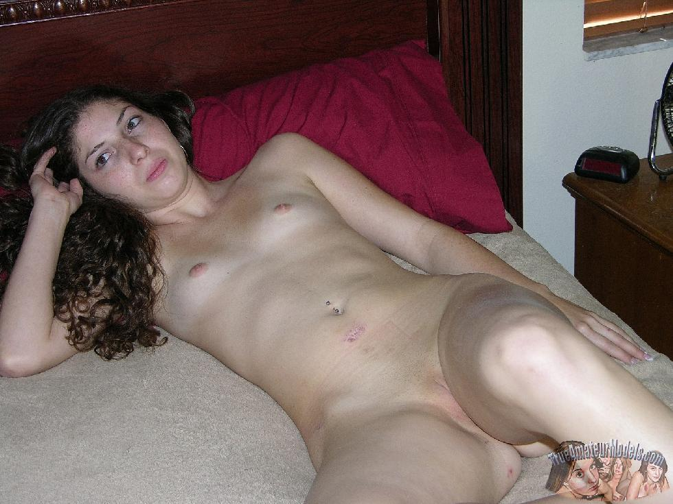 Young girl with long curly hair - Tatiana - 11