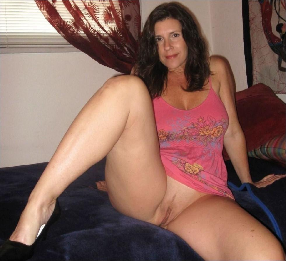 MILFs show pussies - 15