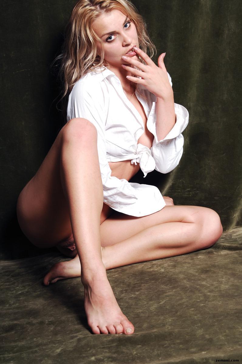 Pretty girl in white shirt - Luza - 5
