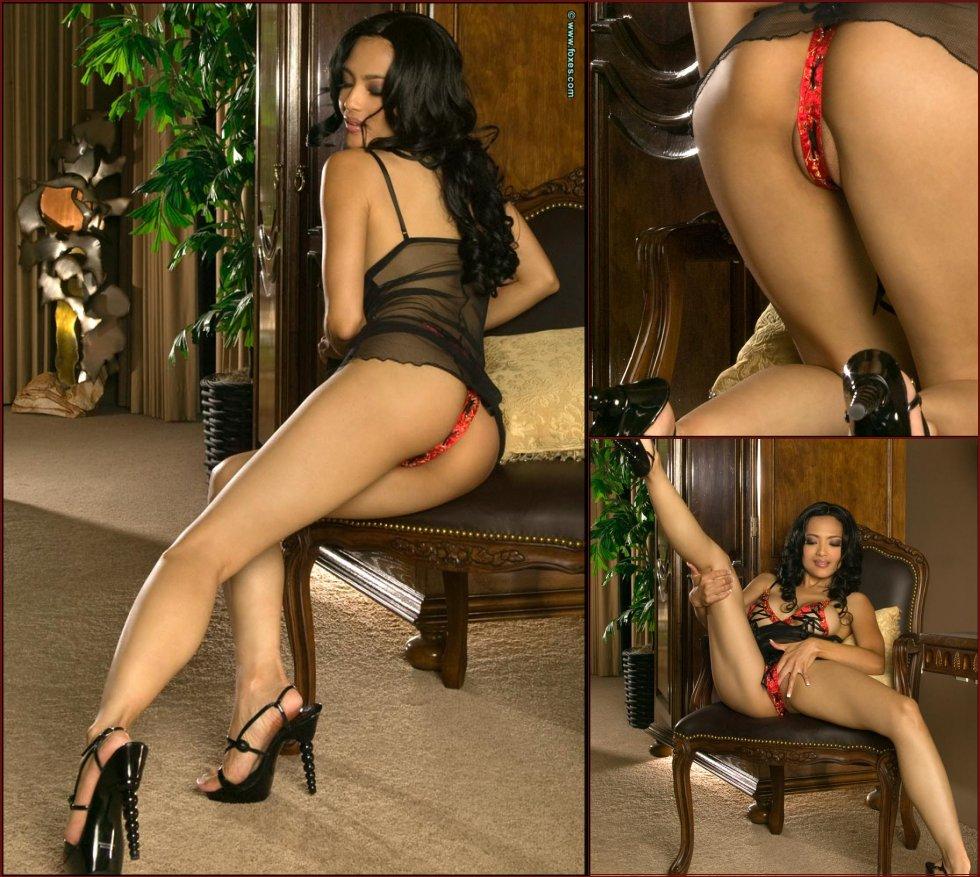 Busty Asian in very sexy lingerie - Jada Liu - 22