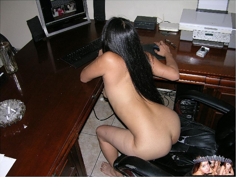 Long-haired Asian girl is posing at home - Kai - 9