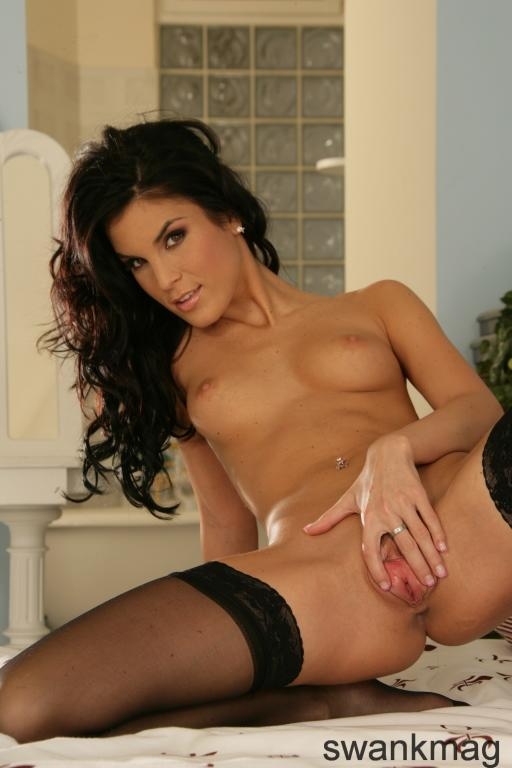 Nelli Hunter is tempting only in black stockings - 4